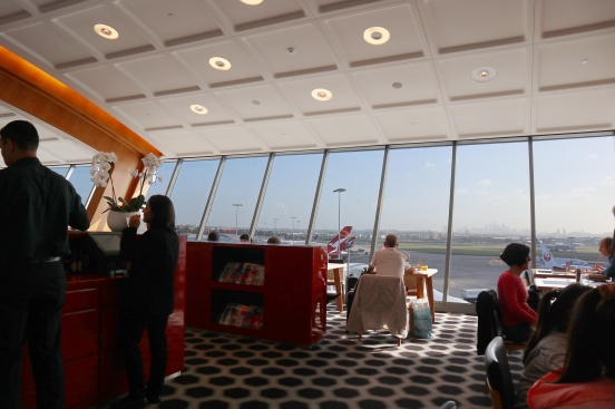 Qantas First Lounge - Restaurant