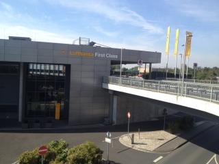 Lufthansa FCT (Travel With Miles).jpg
