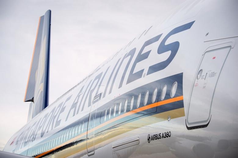 SQ A380 Side (Airbus).jpg