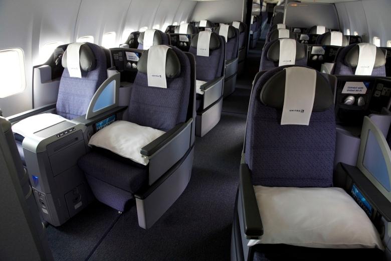 UA PS 757 Seats (United)