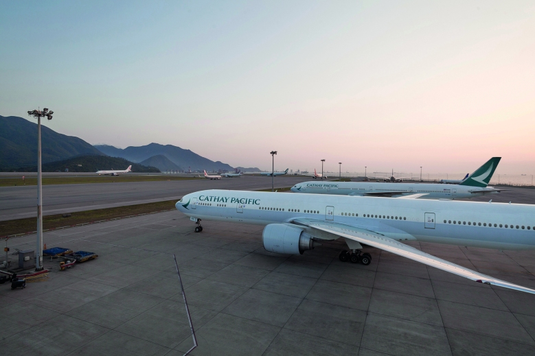 CX B77W Parked (Cathay Pacific)