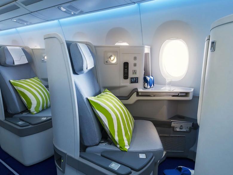 Finnair A350 Business Class.jpg