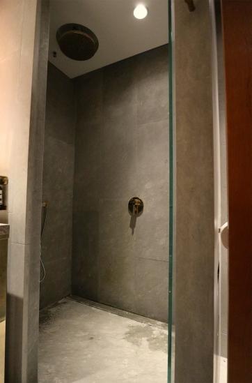 Shower. (Photo: MainlyMiles)